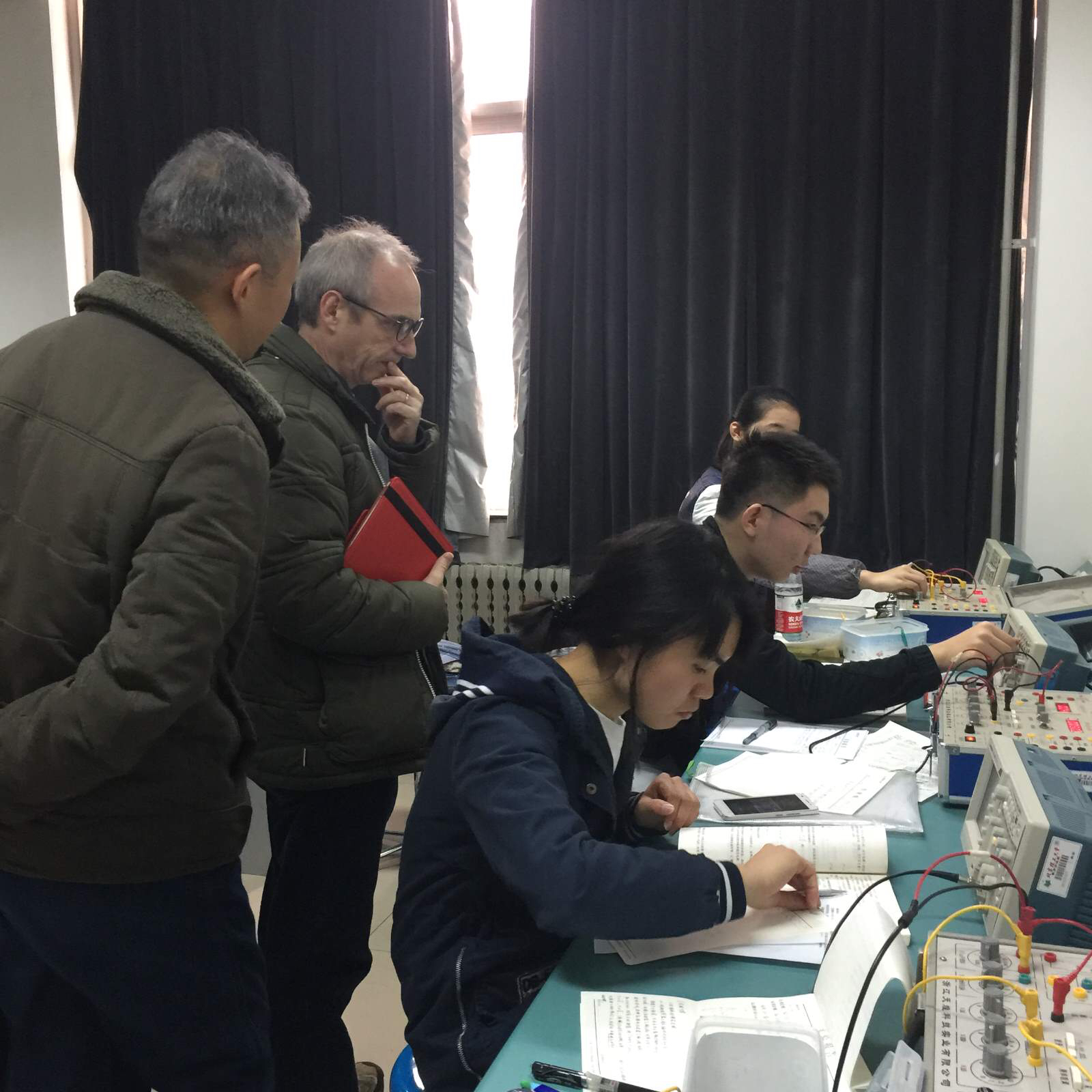 Evaluation of a current first year physics practical for engineering students at Beijing Institute of Technology.